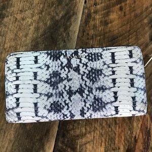 Coach black cream snakeskin wallet clutch billfold